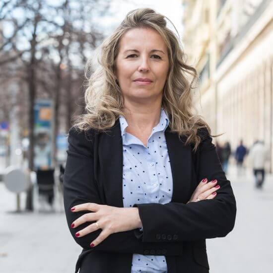 Contacta con Silvia Galindo